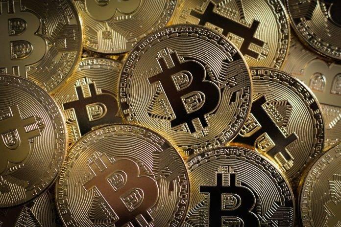 Bitcoin bull run over BTC transaction fees fall to 2020 lows