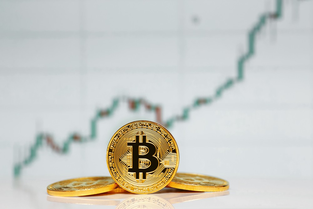Bitcoin up $1k in 20 minutes