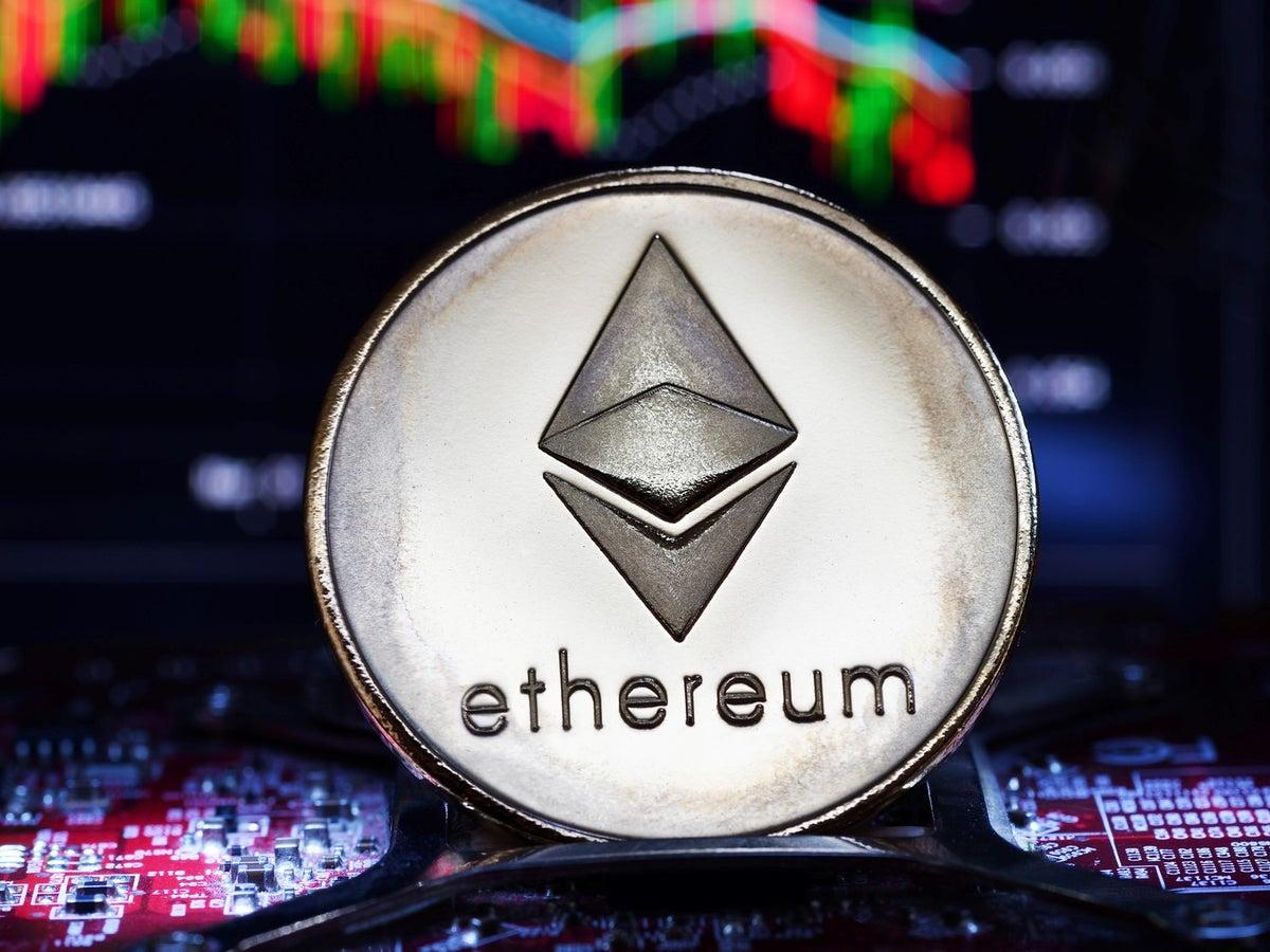 Ethereum price rises above $2800 amid successful hardfork
