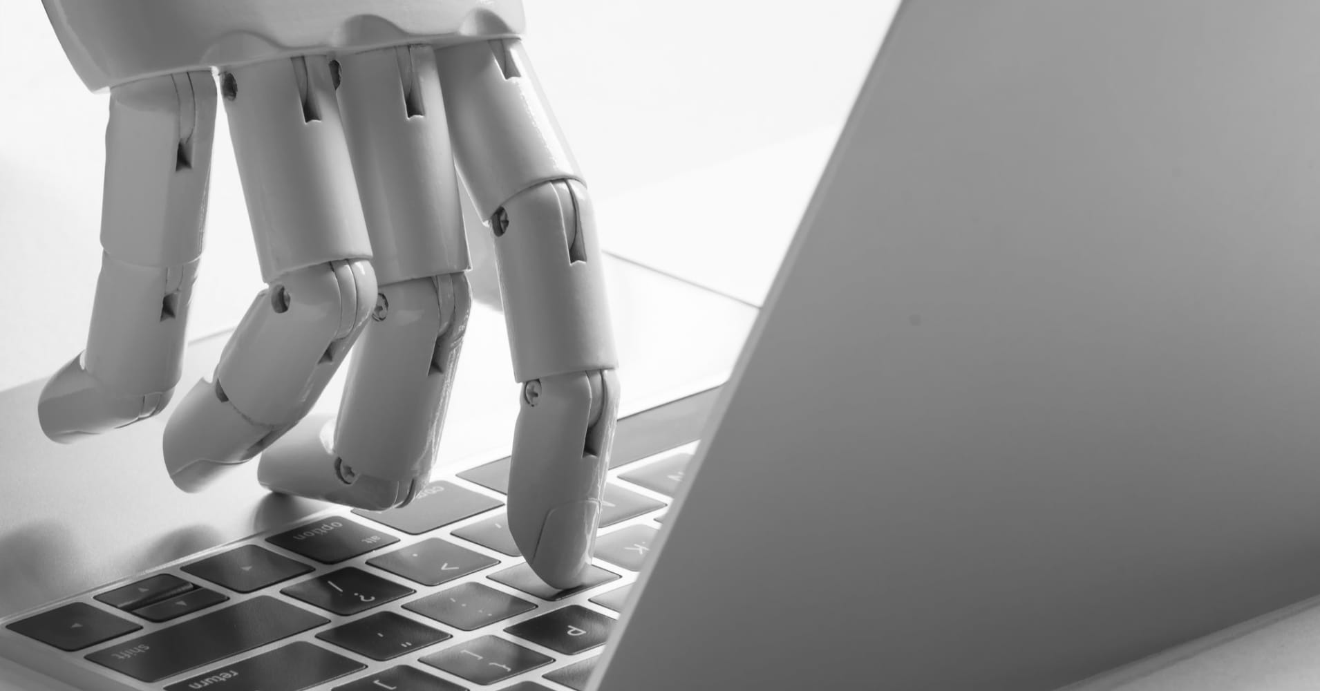 Robo-adviser clients to Grayscale funds