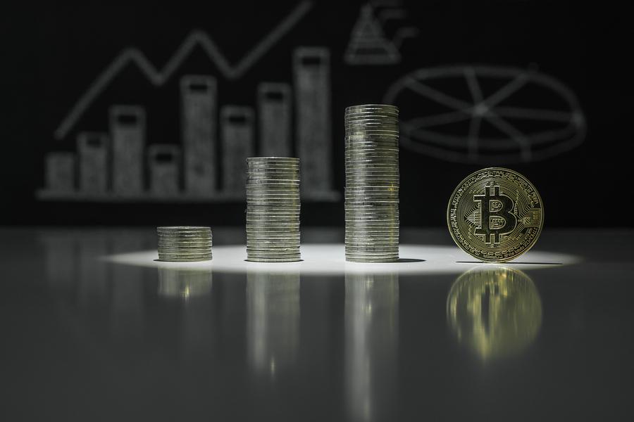 UK regulator warns of risks of investing in cryptocurrencies